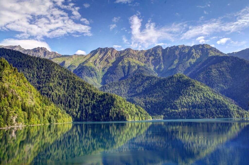 Экскурсия в Абхазию. Озеро Рица